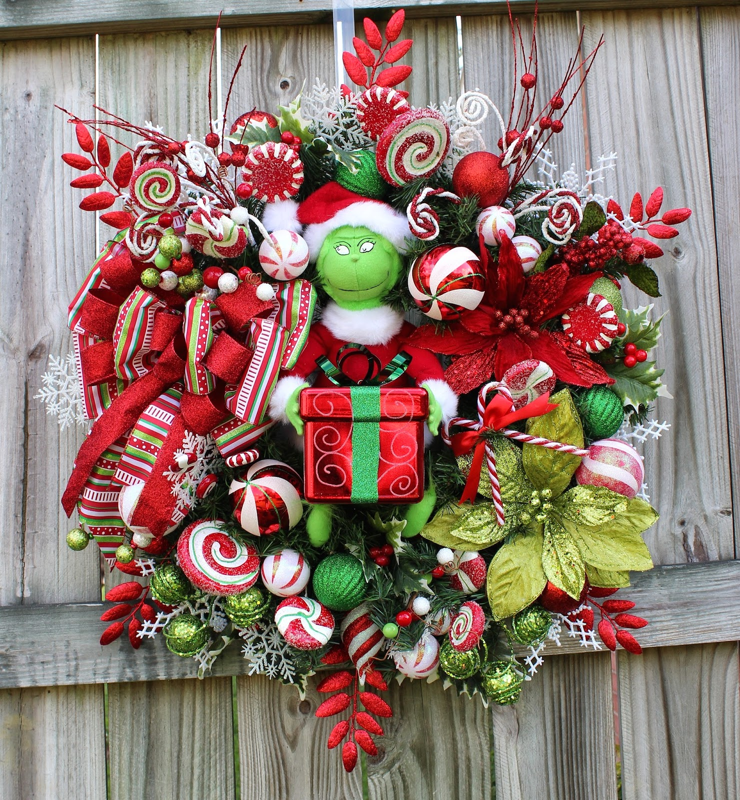 Deluxe Grinch Christmas Wreath