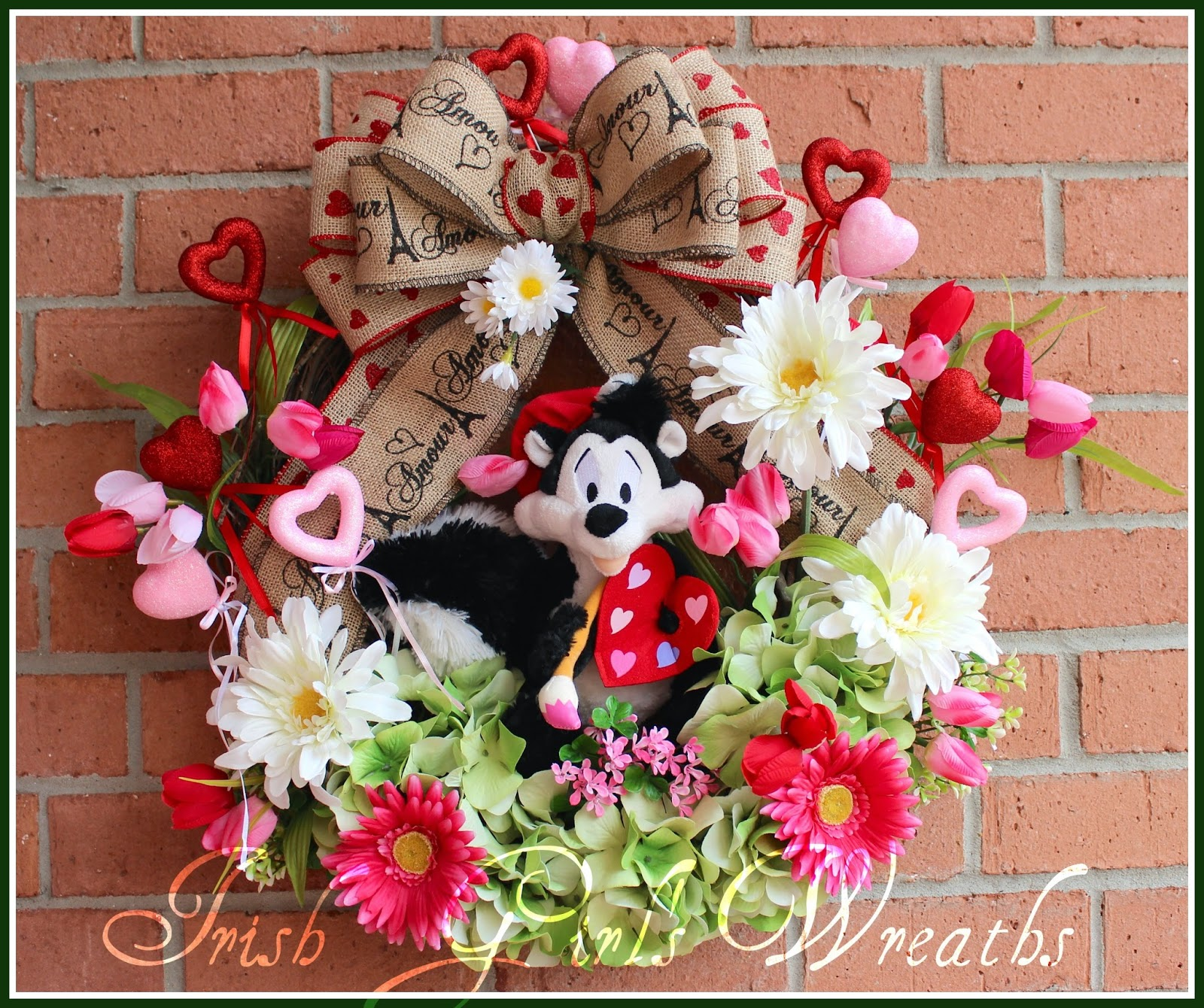 Pepe Le Pew Artiste of Love Valentine's Wreath