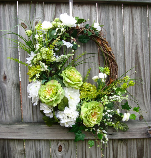 St Patrick's Spring Cottage Rose, Peony and Hydrangea Wreath