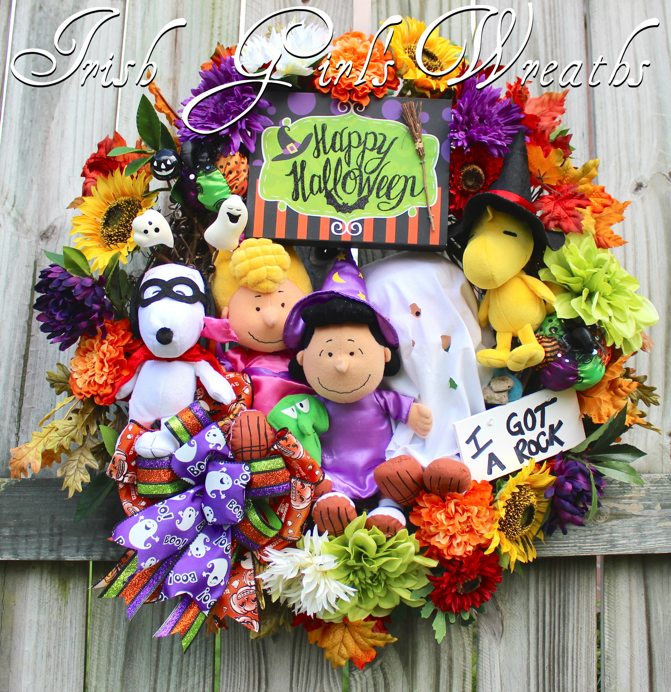XL Deluxe Peanuts Gang Happy Halloween Wreath, Charlie Brown Trick Treat Halloween Wreath