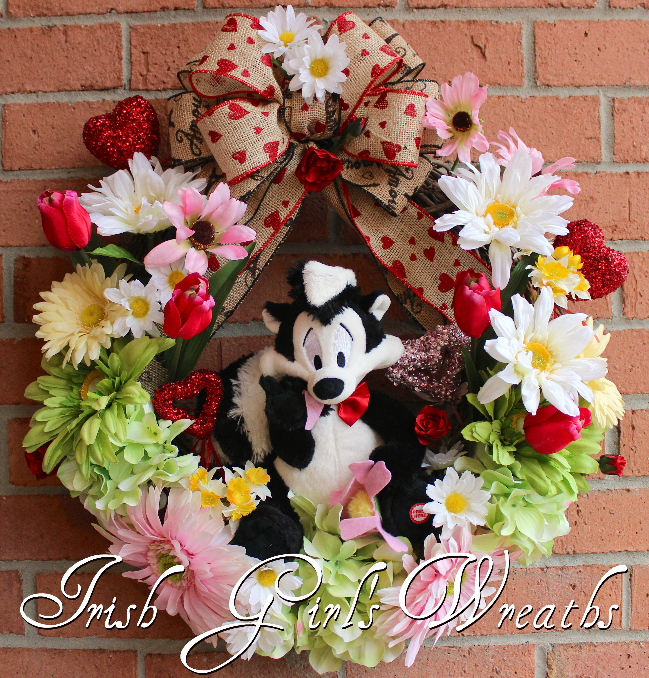 Pepe Le Pew Valentine's I Pick You Wreath, Pink Gerbera Daisies