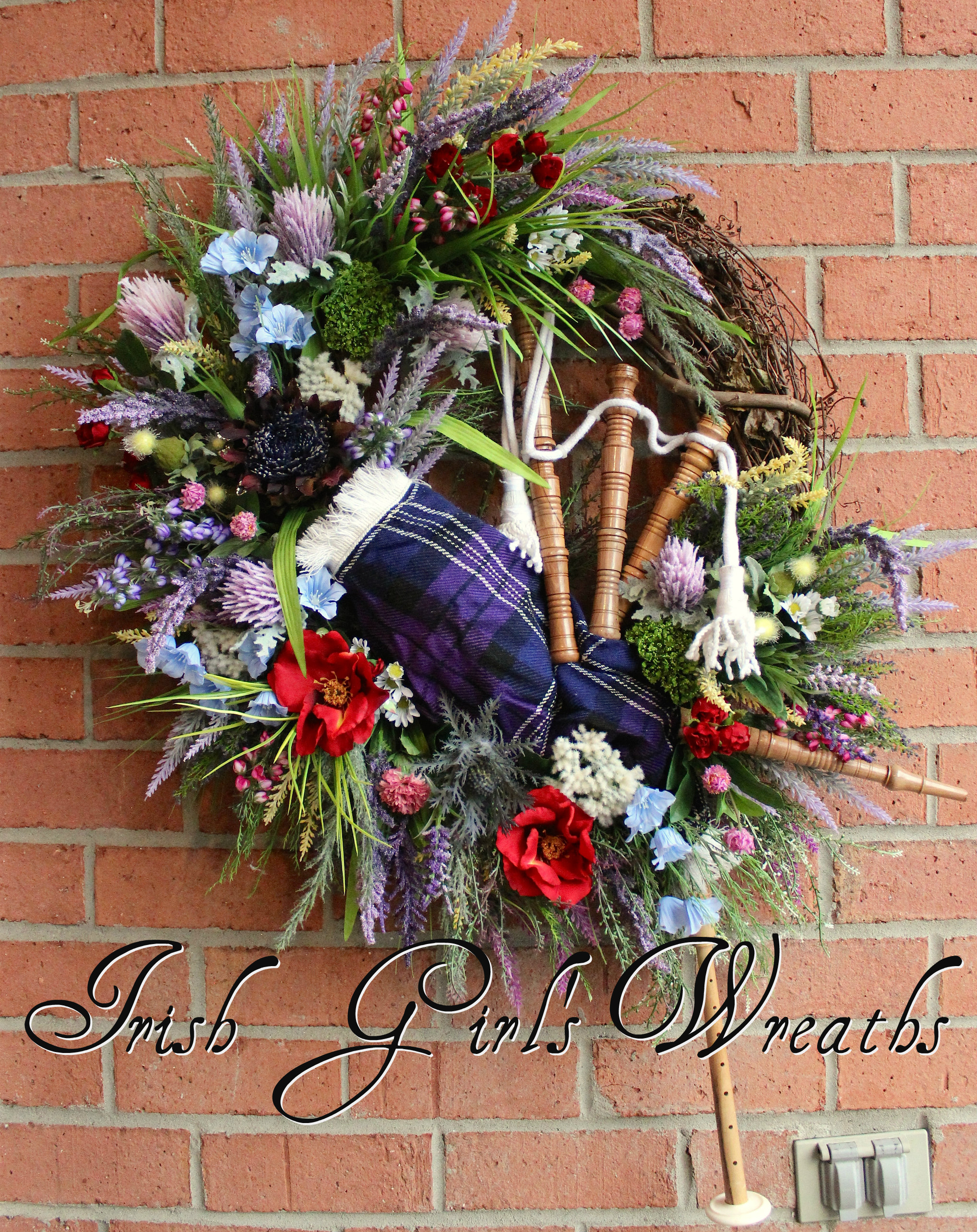 XL Pride Of Scotland Tartan Scottish Highland Bagpipes and Wildflowers Wreath, Heather and Thistle Wreath