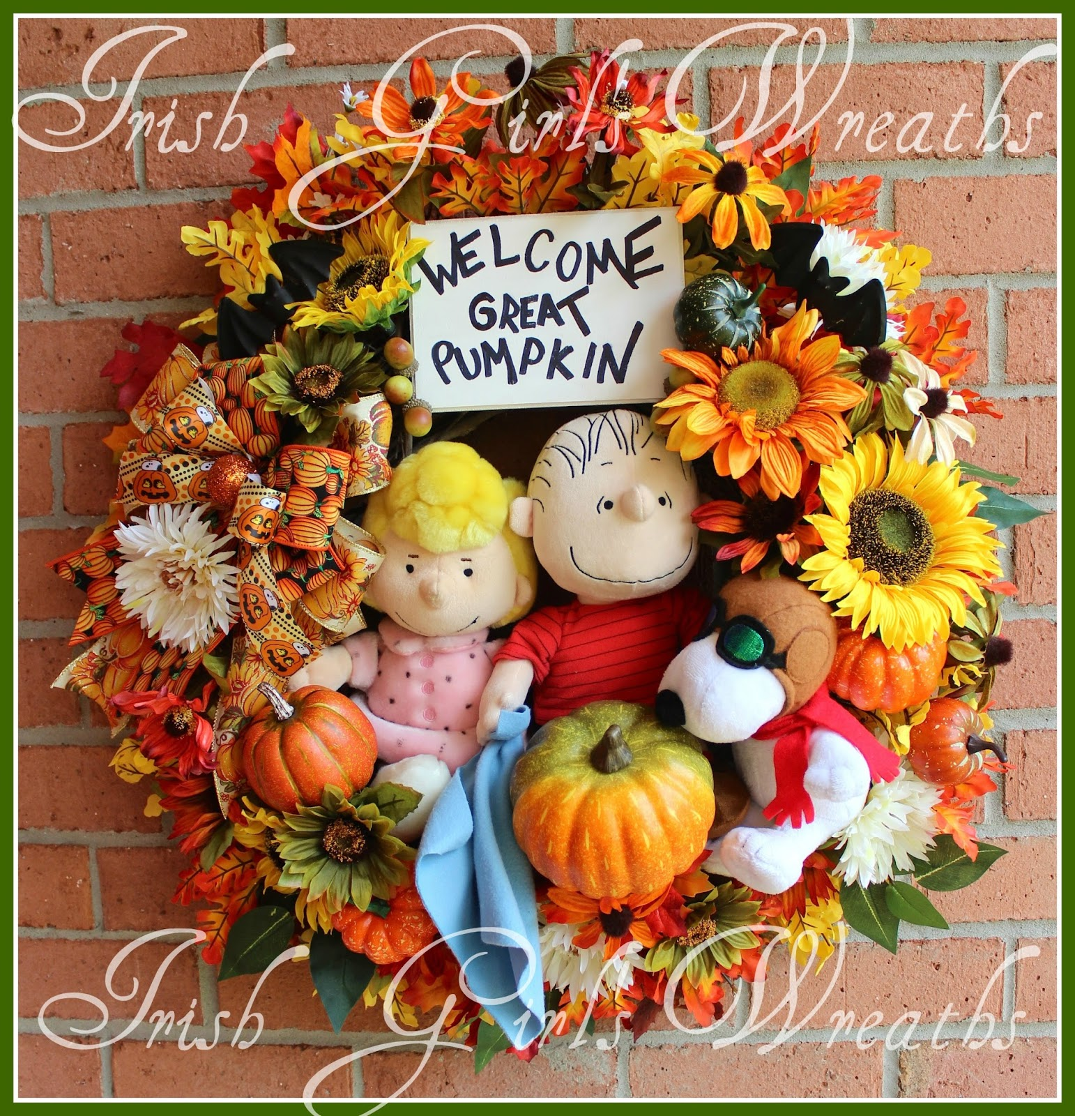 Large Waiting for the Great Pumpkin Halloween Wreath, Snoopy, Linus, Sally, Peanuts, Welcome Great Pumpkin Sign