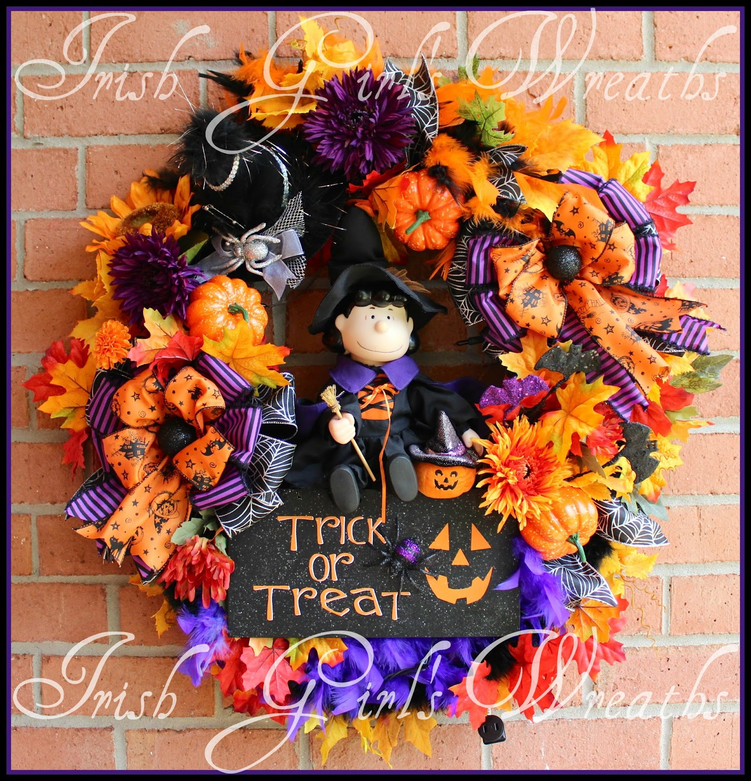 Witch Lucy Peanuts Trick Or Treat Halloween Wreath