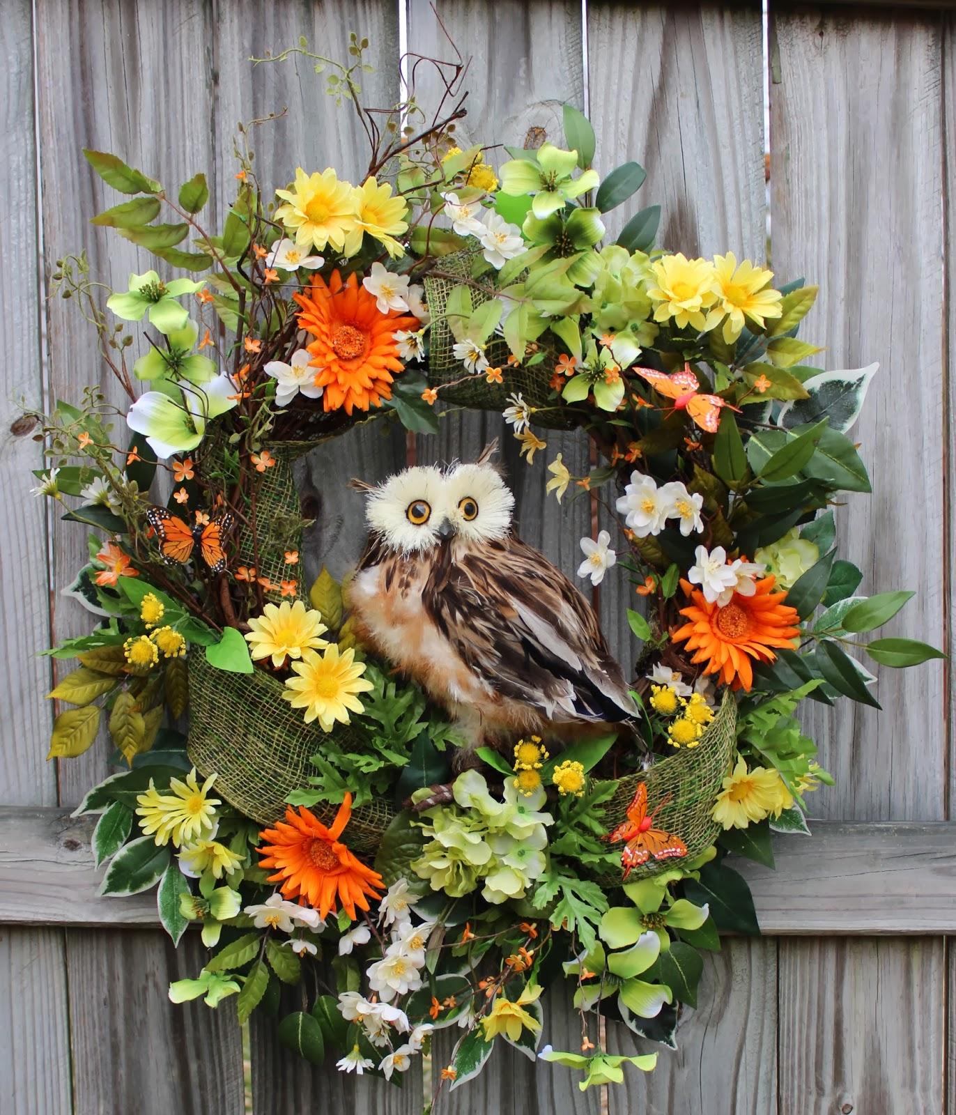 Spring in Bloom Owl Wreath, Large Brown Feather Owl, Gerbera Daisy XXL, Summer, Orange, yellow, Green, Burlap