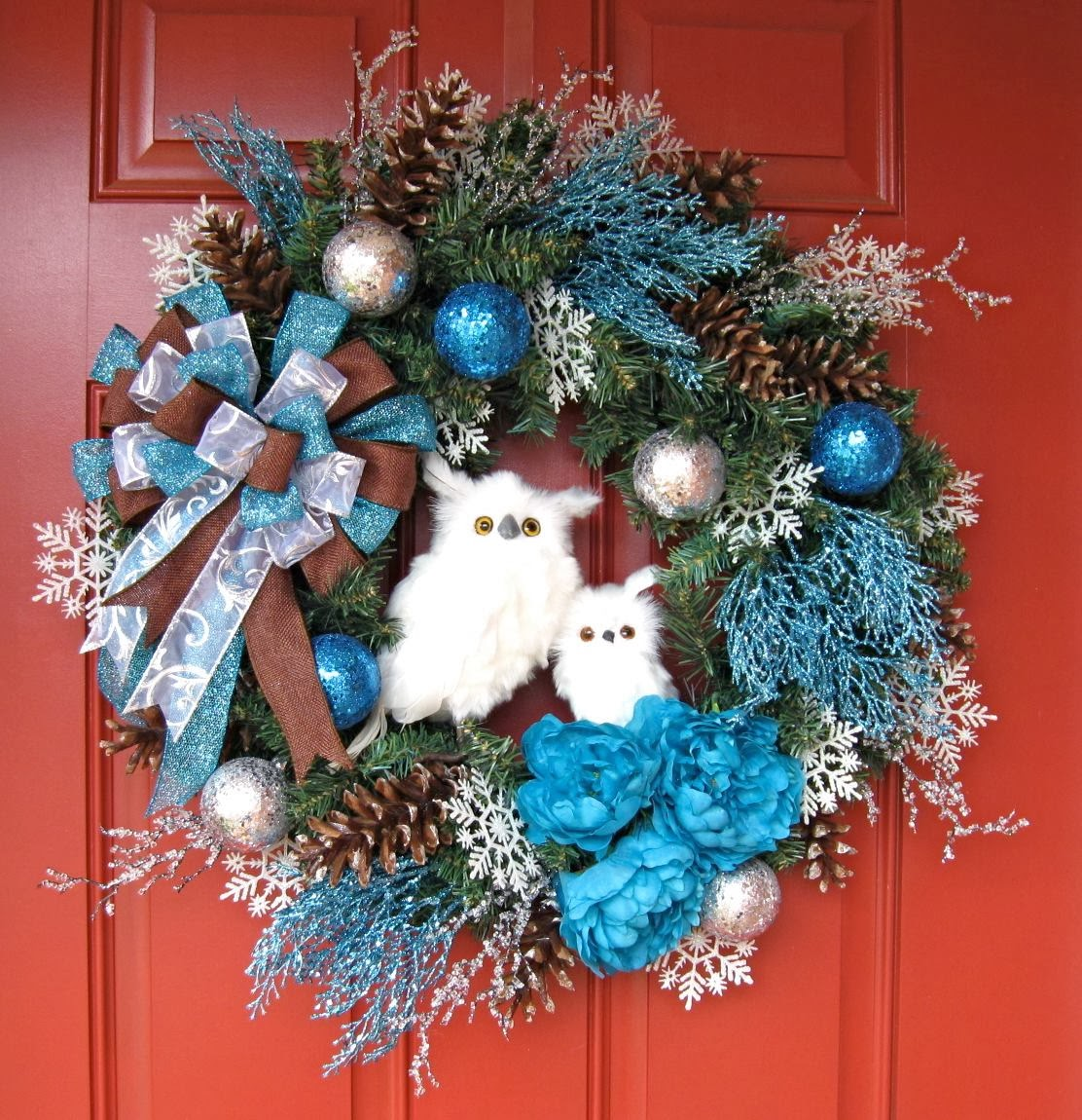 Turquoise Winter Two Owl Christmas Wreath