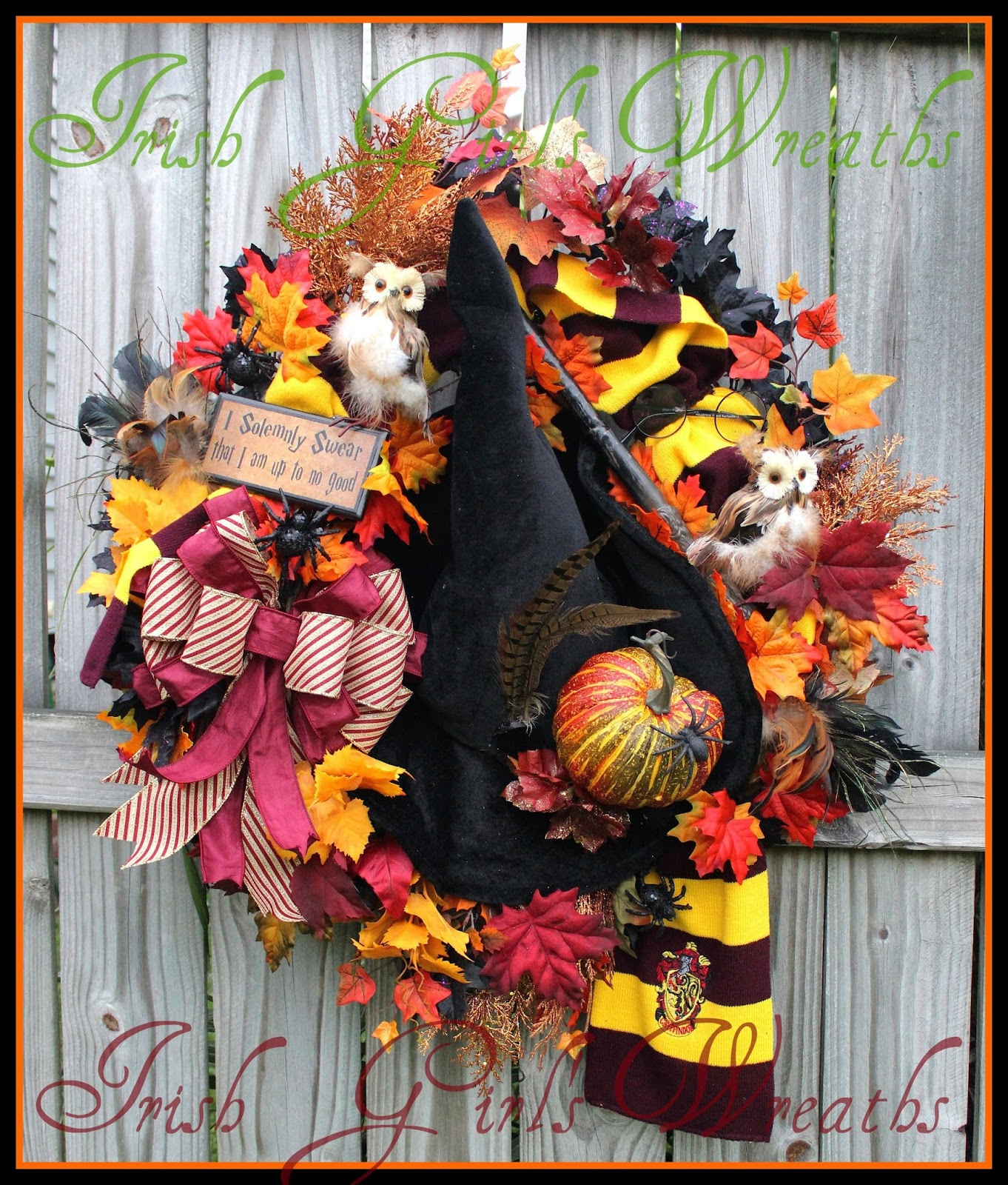 Harry Potter Hogwarts Halloween Wreath, Owl , Prof. McGonnagall Witch hat, Gryffindor