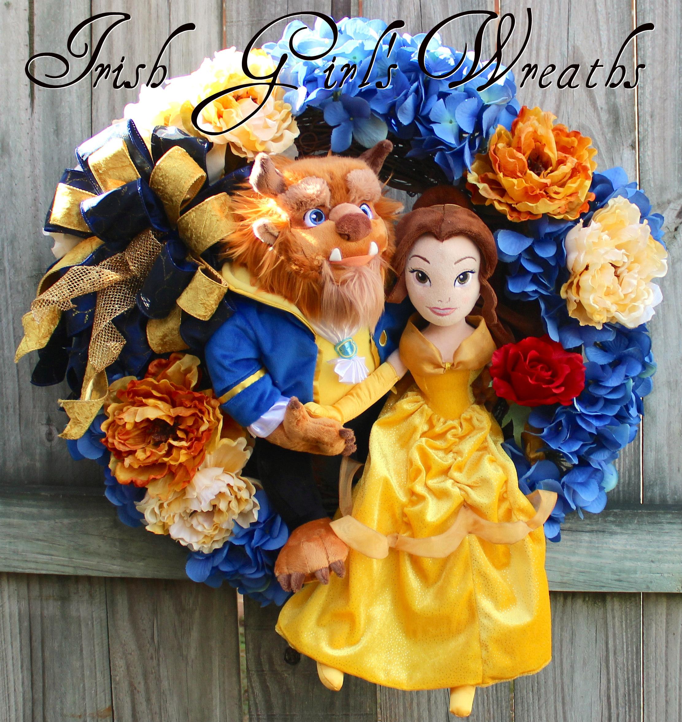 Deluxe Beauty & the Beast Wreath, Princess Belle