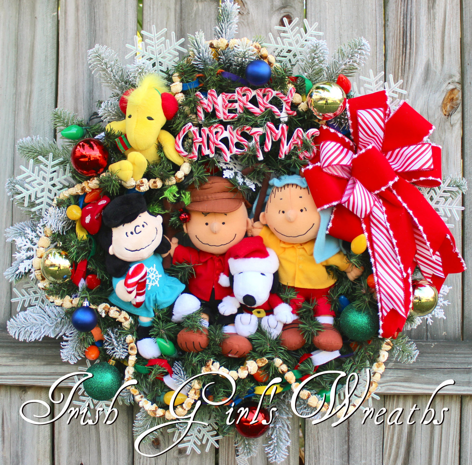 Deluxe Peanuts Gang Charlie Brown Christmas Wreath – 2, Snoopy, Lucy, Shepherd Linus