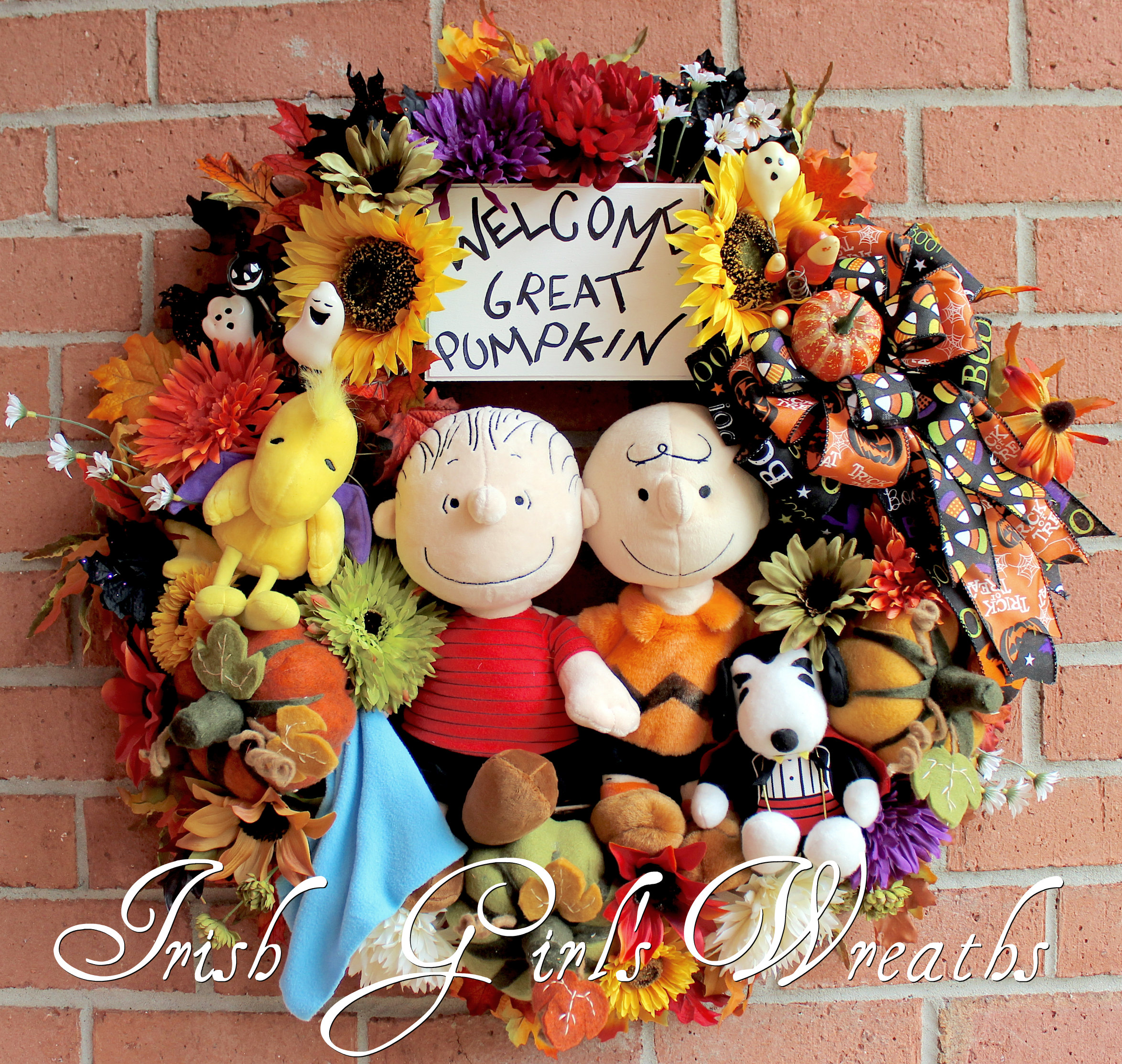 MADE TO ORDER – Welcome Great Pumpkin Large Halloween Wreath, Charlie Brown, Linus, Snoopy, Woodstock, Peanuts, Felt Pumpkins