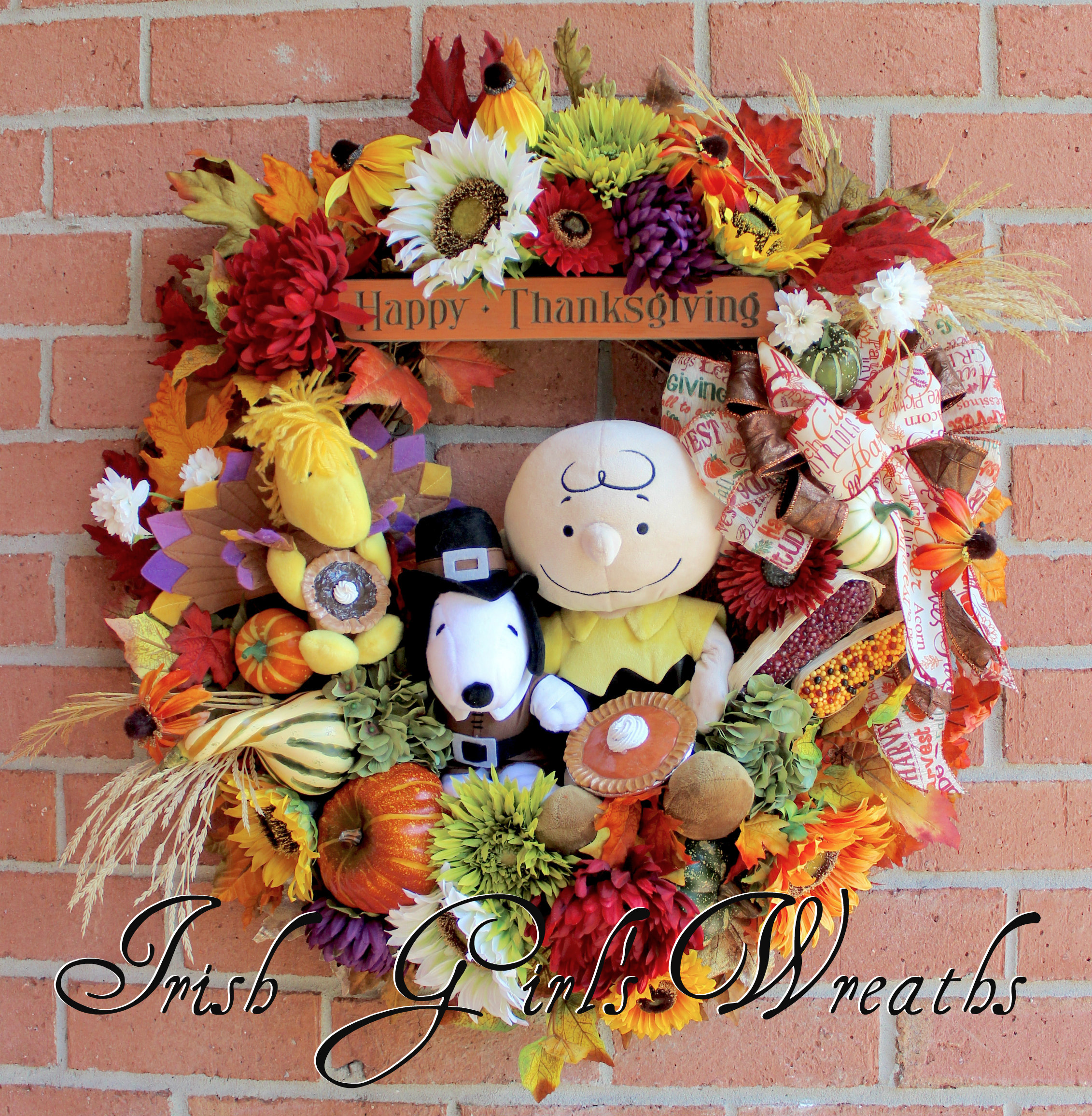 MADE To ORDER- A Charlie Brown Thanksgiving Wreath, Pilgrim Snoopy, Turkey Woodstock, pumpkin pie, Deluxe Peanuts Holiday