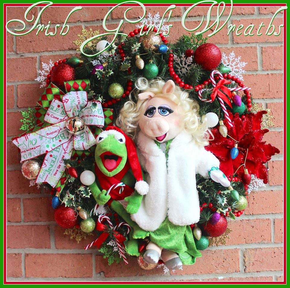MADE TO ORDER Kermit the Frog & Miss Piggy Merry Christmas Wreath, Muppet