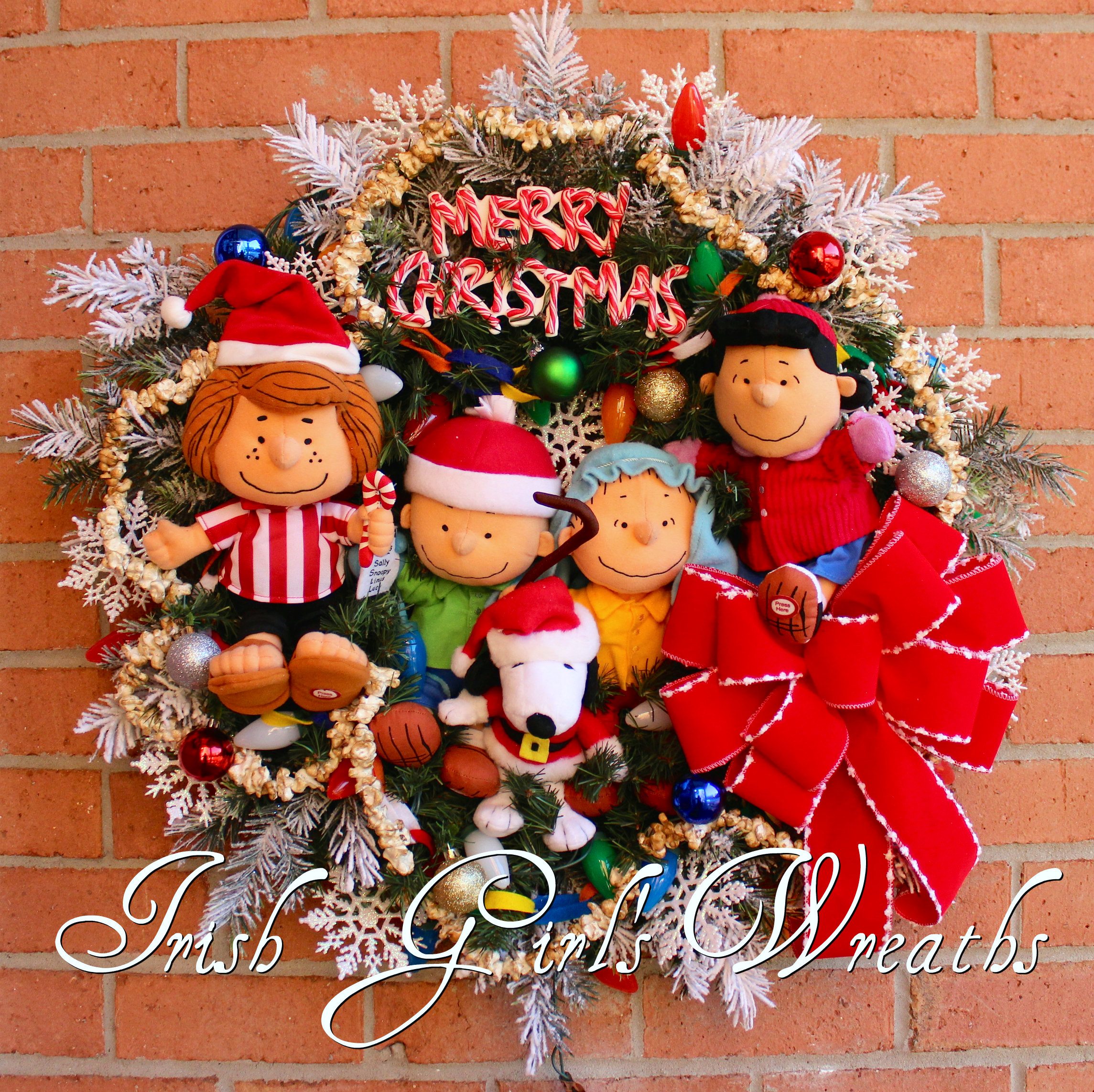 Deluxe Peanuts Gang Charlie Brown Christmas Wreath, Pre-lit, Shepherd Linus, Lucy, Peppermint Patty