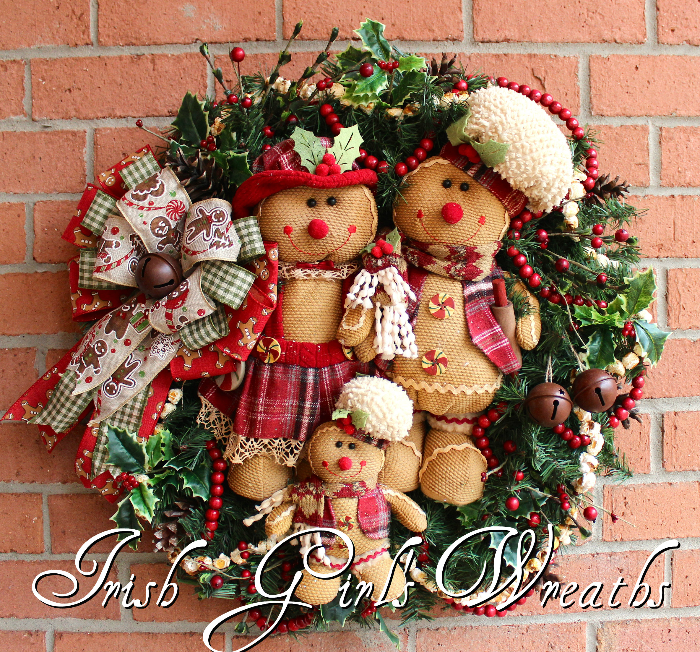 Rustic Gingerbread Family Wreath, Gingerbread Christmas Wreath, Popcorn Garland, Cranberry wood bead garland, sleigh bells, Ready to Ship