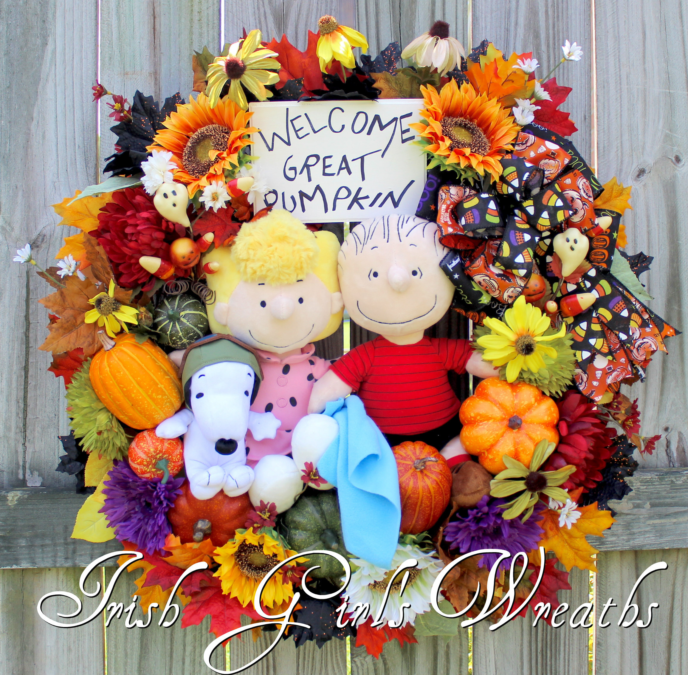 Linus and Sally Waiting for the Great Pumpkin Halloween Wreath, Snoopy Flying Ace, Peanuts Gang Wreath