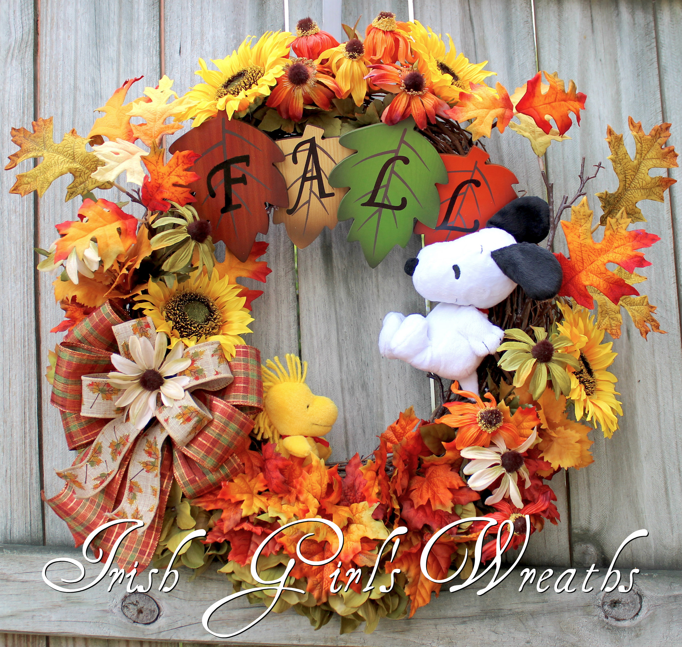 Snoopy and Woodstock Playing in the Leaves Fall Wreath