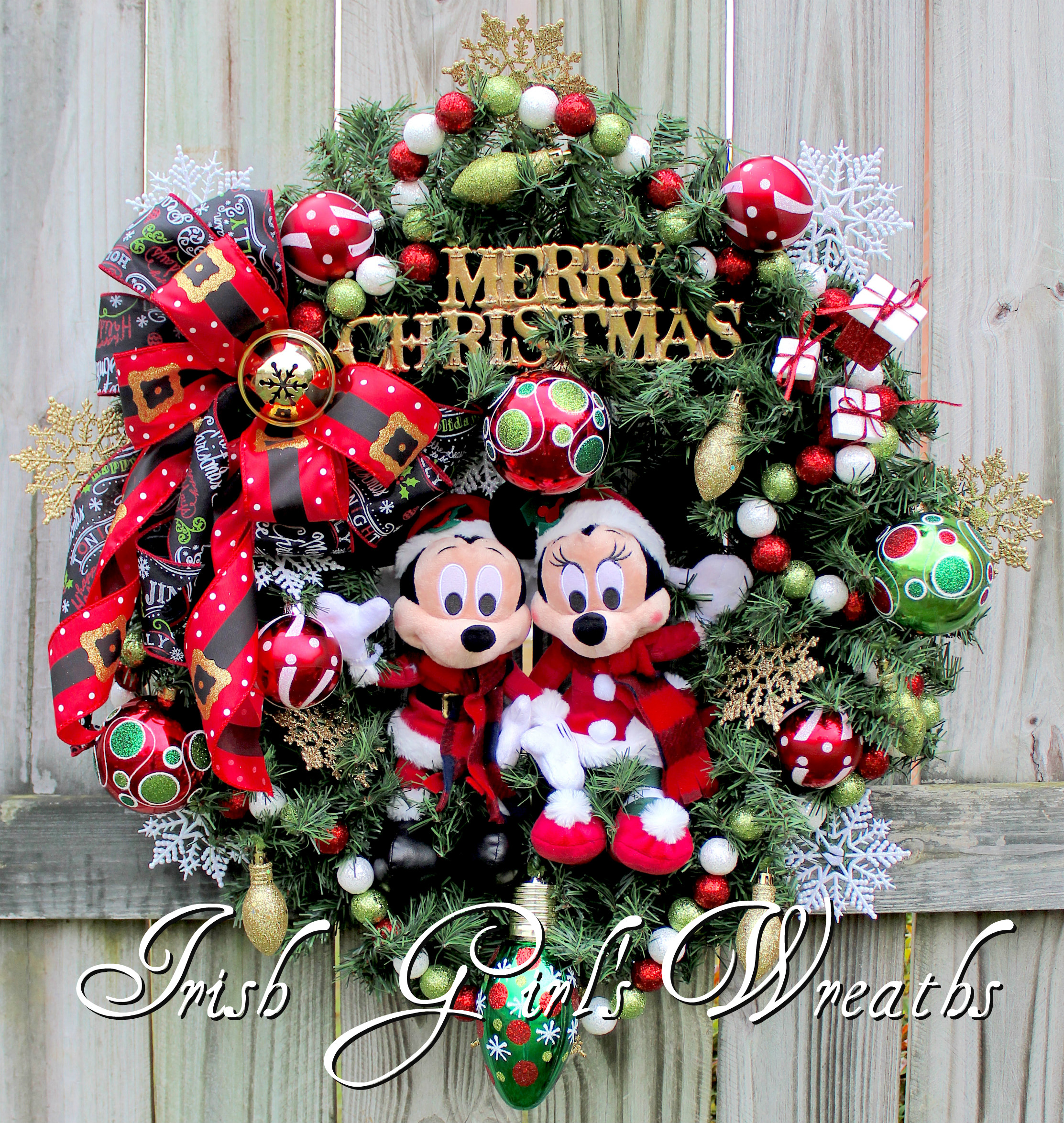 Mickey and Minnie Mouse Disney Merry Christmas Wreath